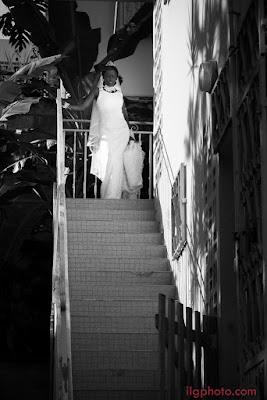 la mariée descend l'escalier Guadeloupe mariage