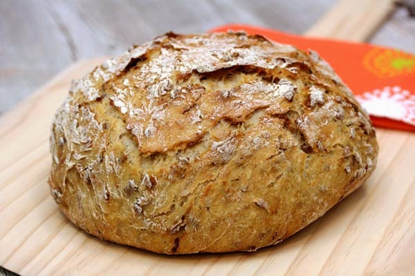 roasted-sunflower-seed-no-knead-bread