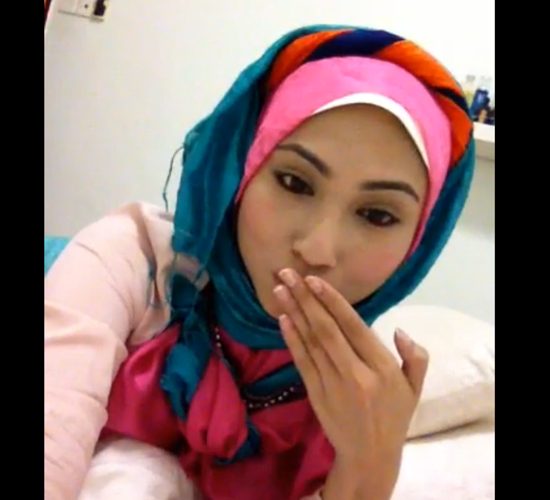 Hasmidar Jaa'far Bertudung Cantik