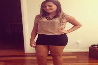 Filha de Romário exibe o modelito na internet, antes de ir para festa com amigas