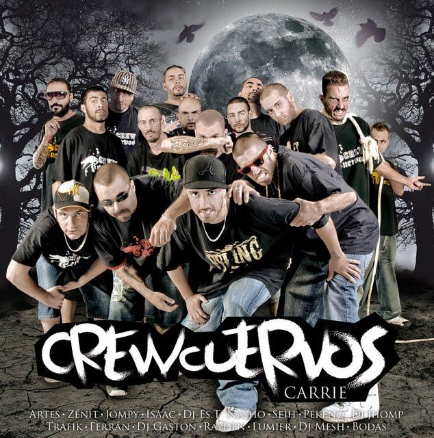 Crew Cuervos Carrie