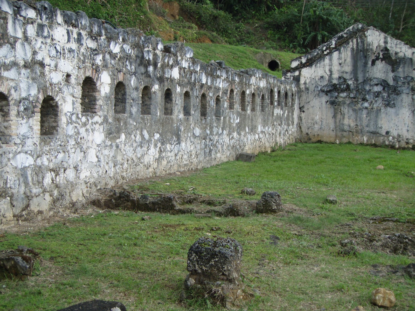 portobelo chat sites Once plagued by pirates, portobelo is a sleepy town along panama's caribbean coast that houses the crumbling ruins of spanish forts chat with an expert.