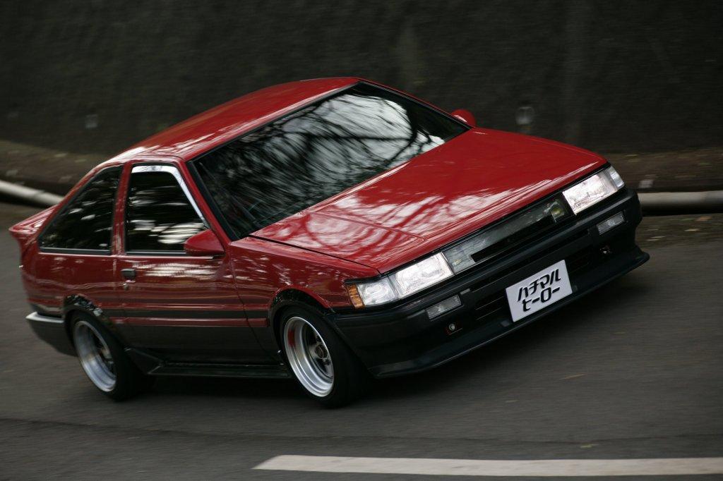 japoński samochód, AE85, AE86, kultowy, z duszą, drift, touge, zdjęcia