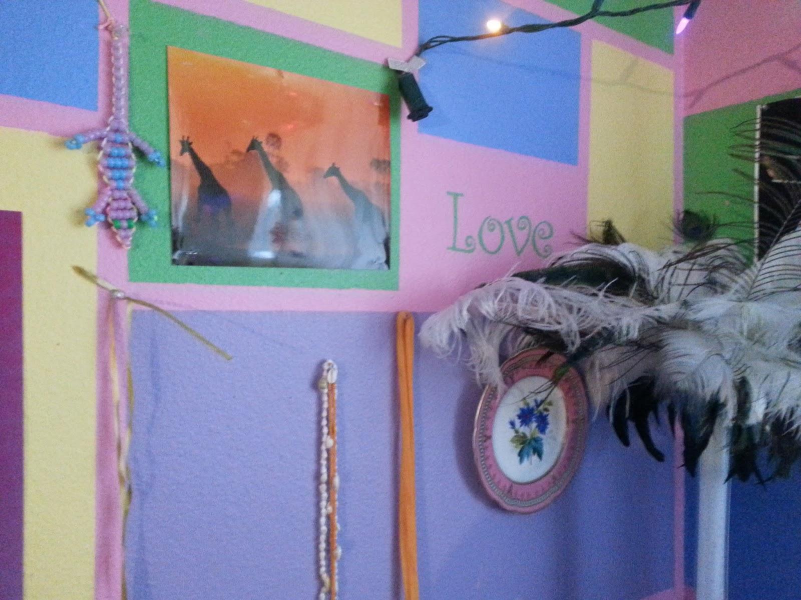 Girl room stenciled walls