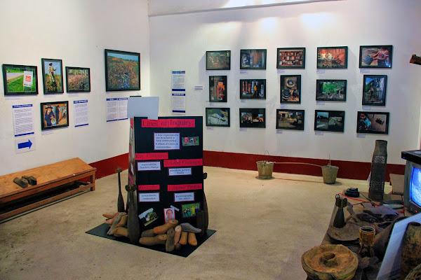 Exposition au COPE Vientian