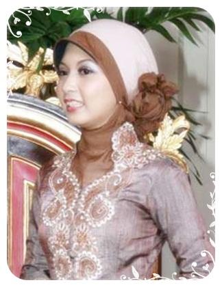 Lihat juga model baju dan jilbab muslim yang lain :