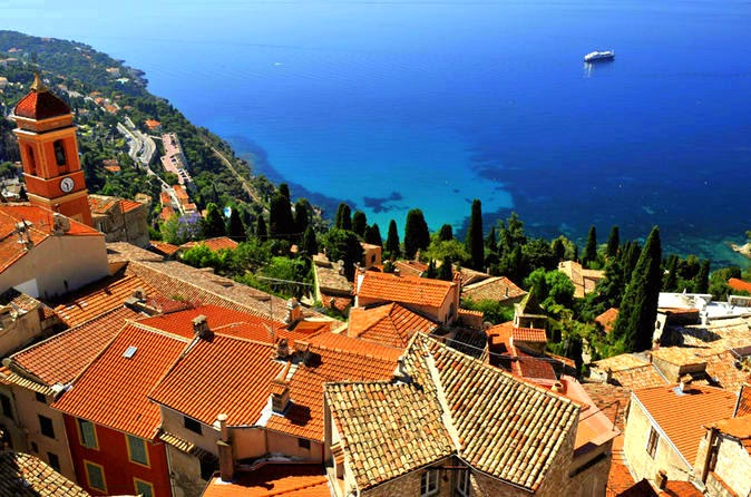 snap shot of the French Riviera