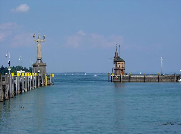 Konstanz Hafeneinfahrt zum Bodensee