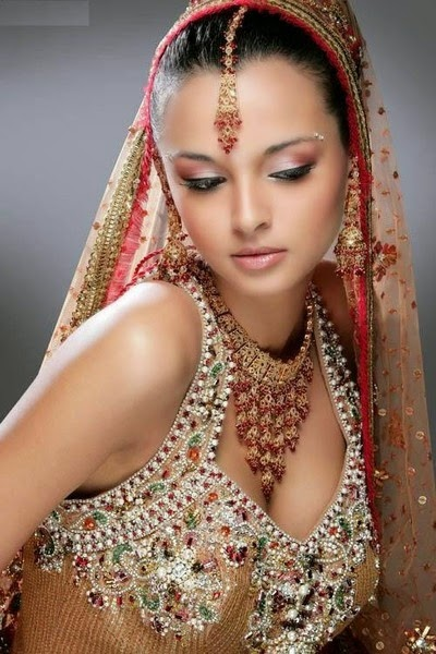 Exotic Women Most Beautiful Pics Free Wallpapers