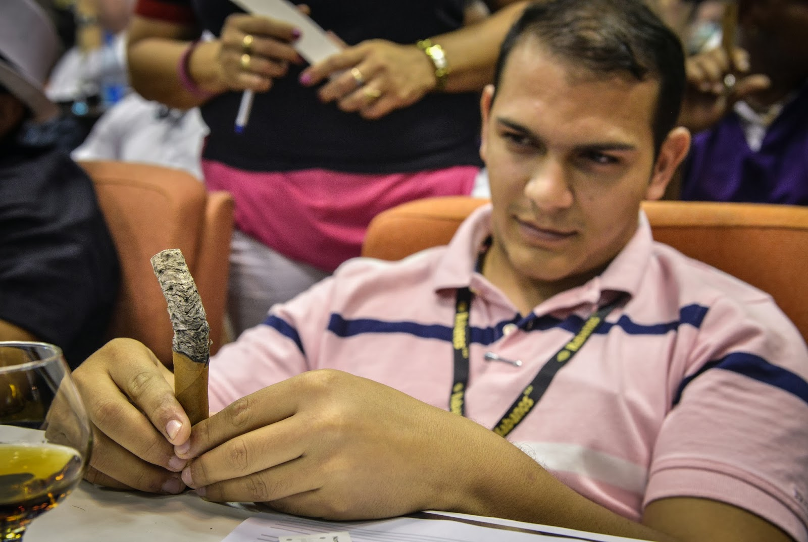 Long-ash Contest at Havana Cigar Festival in Pictures