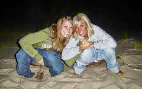 Chicas haciendo pis - Javichuparadisecom