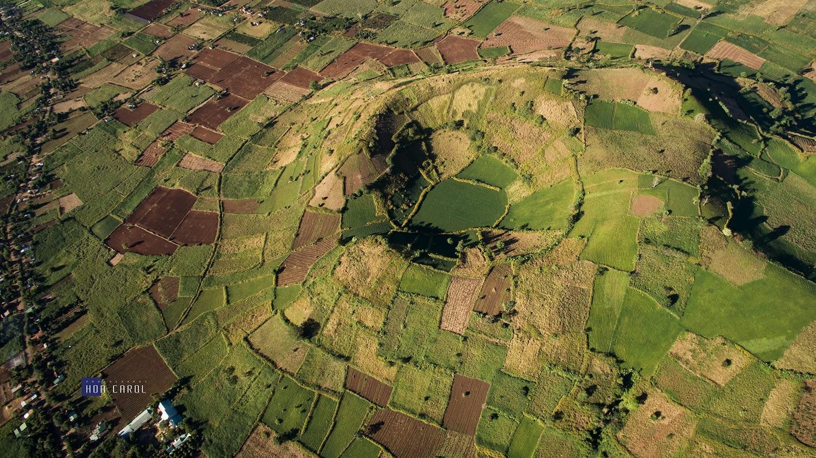 Gia Lai: Toàn cảnh núi lửa Chư Đăng Ya nhìn từ Flycam