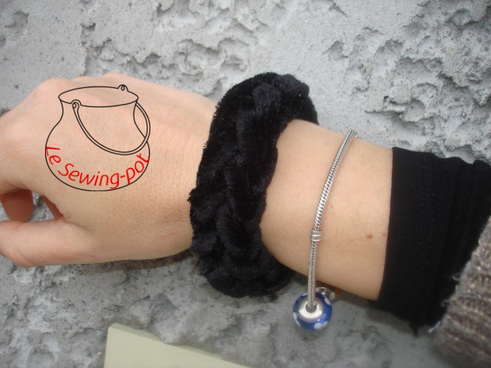 bracelet tressé en velours velvet knit bracelet