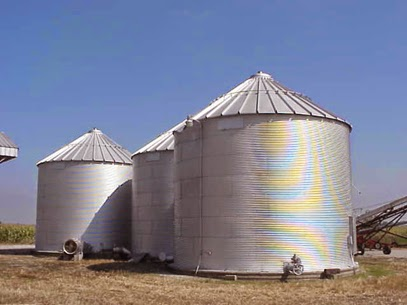 http://www.kcrg.com/subject/news/clayton-county-man-rescued-after-spending-20-hours-trapped-in-grain-bin-20150126
