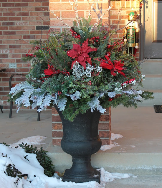 Southern Seasonz- Christmas urn-Treasure Hunt Thursday- From My Front Porch To Yours