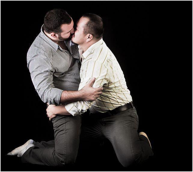 Dos tos muy masculinos follndose como gays - Pornes