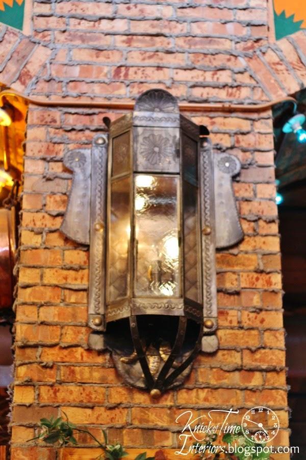 Industrial Brick Wall via via http://knickoftimeinteriors.blogspot.com/