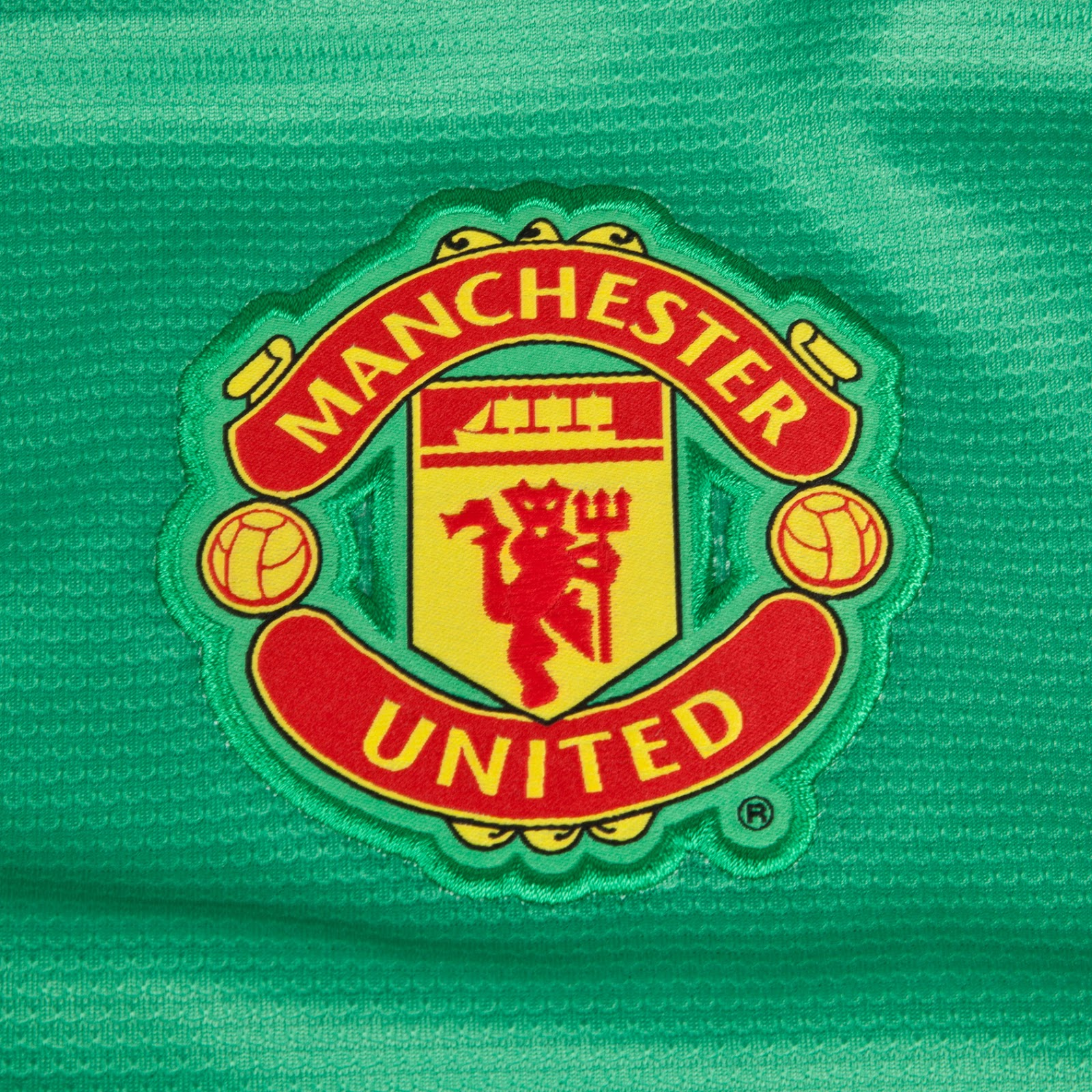 Manchester united 13 14 2013 14 home kit goalkeeper kits manchester united 13 14 goalkeeper home kit voltagebd Images