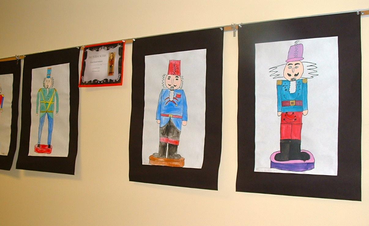 Mrs belton 39 s artists board office display for Office display board