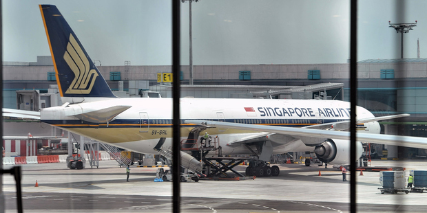 Singapore Airlines flight from US lands safely after bomb threat