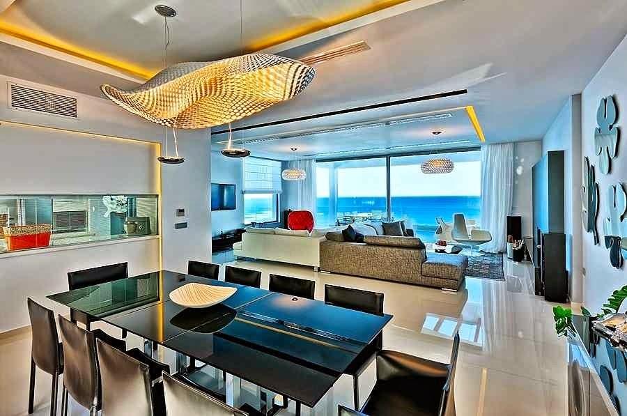 Casa de playa en isla creta con impresionantes vistas al - Decoracion interior moderna ...