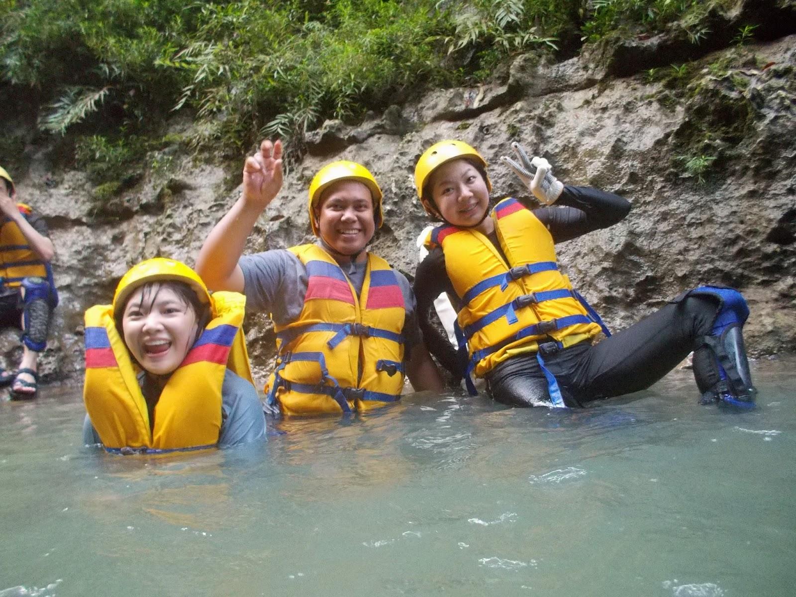 serunya body rafting