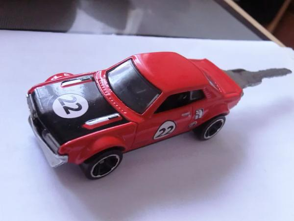 Gantungan Kunci Hot Wheels
