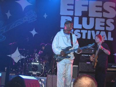Ο Bernard Allison στο EFES BLUES FESTIVAL  του Βελιγραδίου