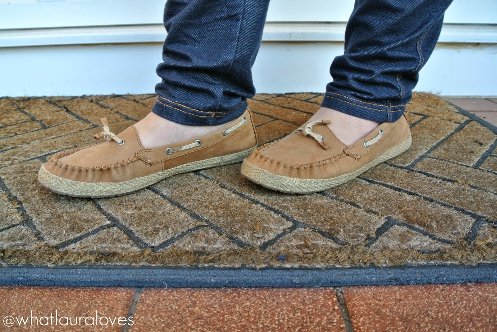 UGG Chivon Nubuck Shoes in tan