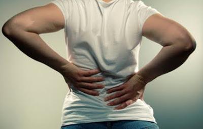 4 thói quen có thể dẫn đến thoái hóa cột sống thắt lưng