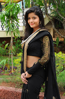 Gehana Vasista in black saree Pictures 015.jpg