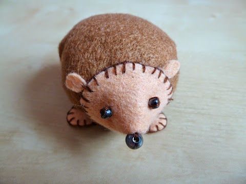 DIY Porcupine Pincushion