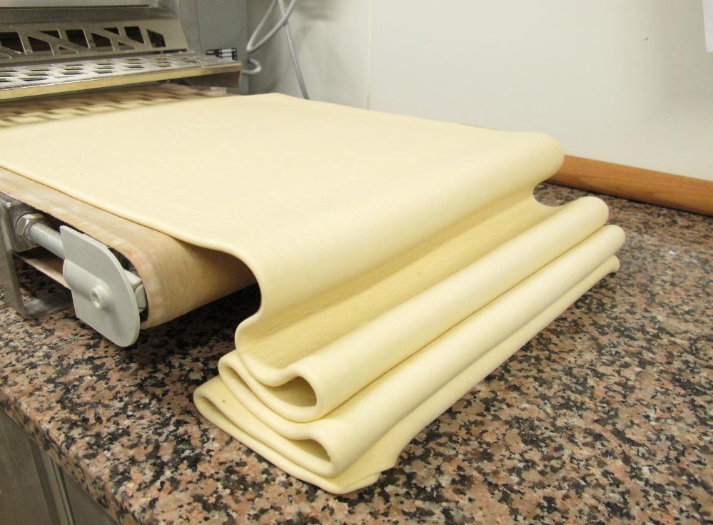 raids p tisseries ce qui fait un excellent croissant l 39 exemple de pains beurre et chocolat. Black Bedroom Furniture Sets. Home Design Ideas