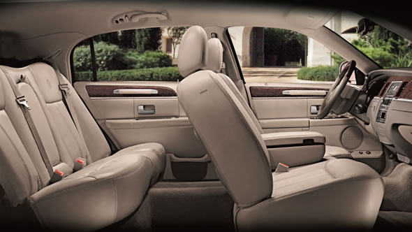 Interior of 2011 Lincoln Town Car