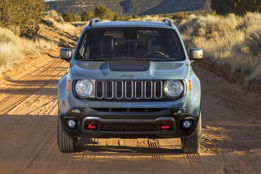 Jeep Renegade Trailhawk (2015) Front