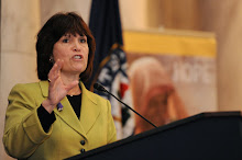 Rep. Betty McCollum speaks to the crowd at the Congressional Lunch