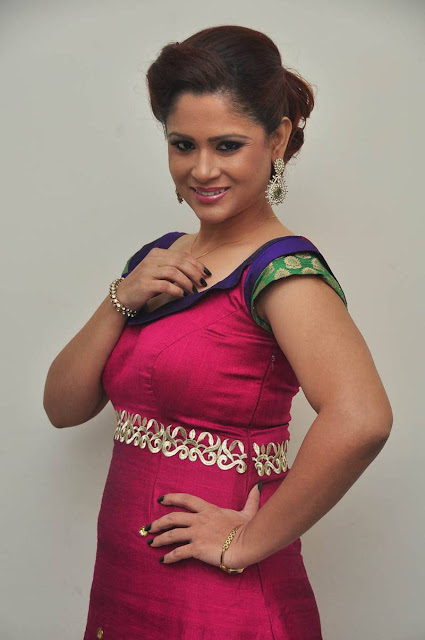 Shilpa Chakravarthy Stills At Swimming Pool Audio Launch