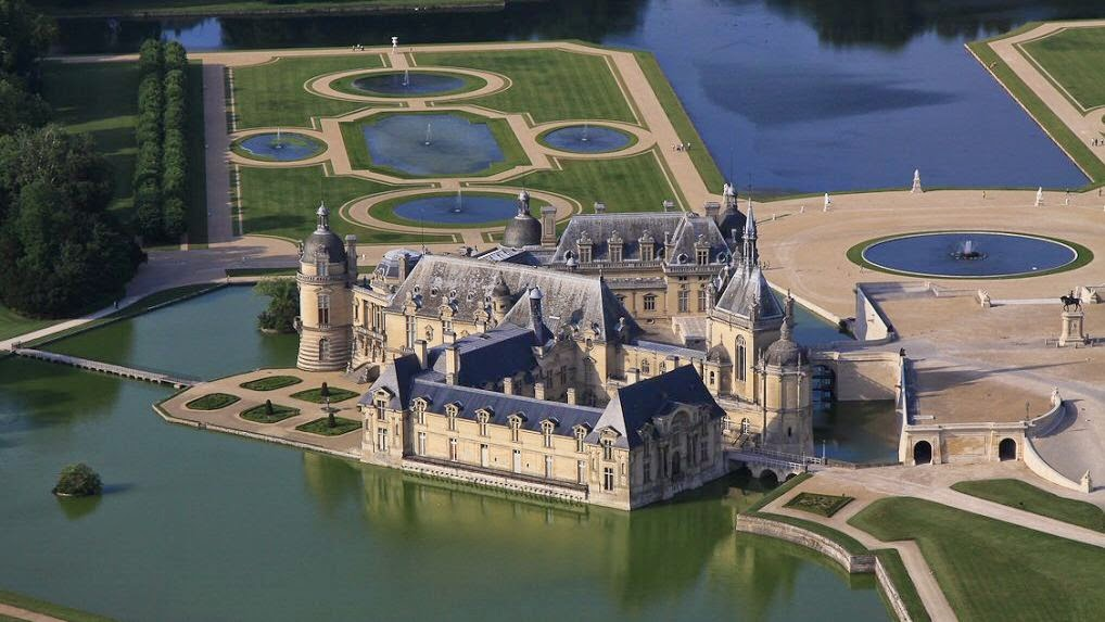 jen angel in europe paris day 4 chateau de chantilly. Black Bedroom Furniture Sets. Home Design Ideas