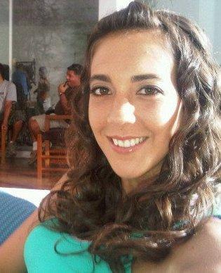Chiara Pinasco con cabello frizado