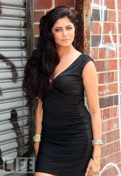 Kavita Kaushik HD wallpapers Free Download