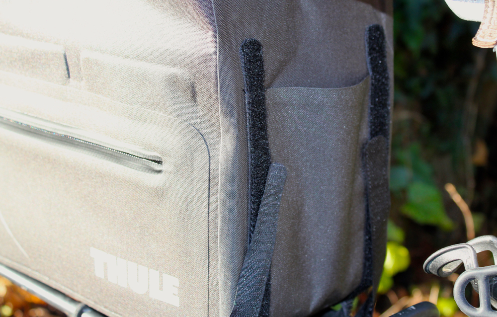 Thule-Pack-N-Pedal-Trunk