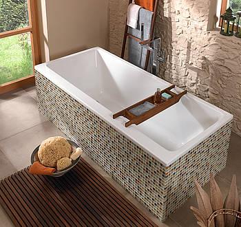 Hylla över badkar