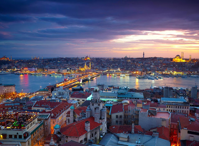 ve may bay di Istanbul thành phố nổi tiếng ở Thỗ Nhĩ Kỳ