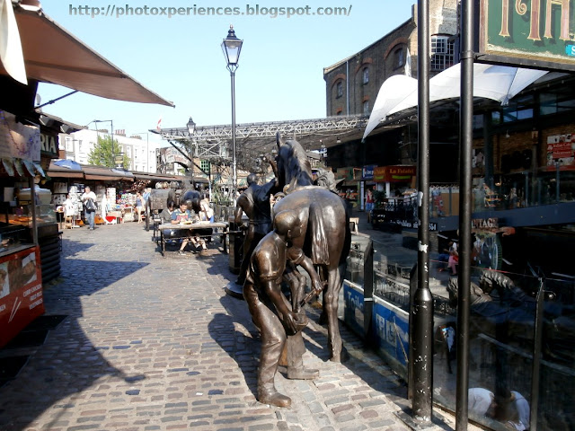 Stables Market, Camden, London. Mercado de los Establos, Camden, Londres.