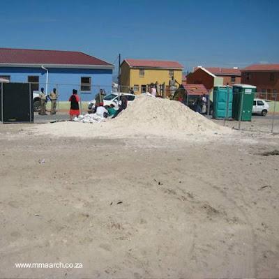 Casas construidas con bolsas de arena