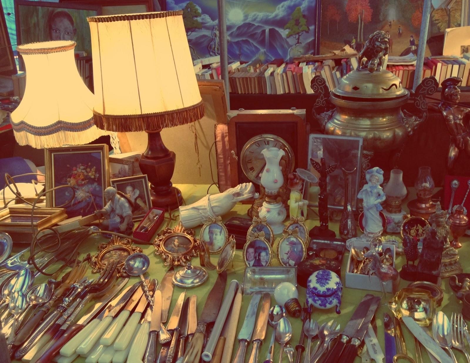 Passione vintage mercatini delle pulci novembre 2013 - Mercatino mobili antichi ...
