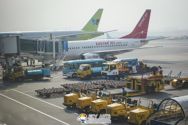 Gimpo Airport was really busy during our arrival