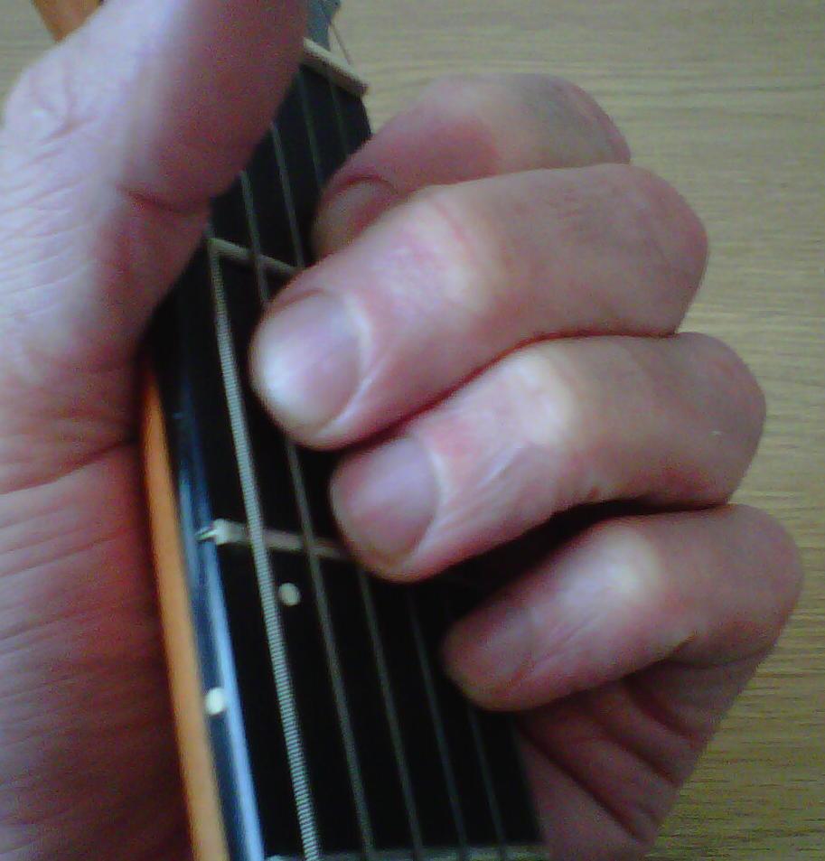 how to play guitar chord e7