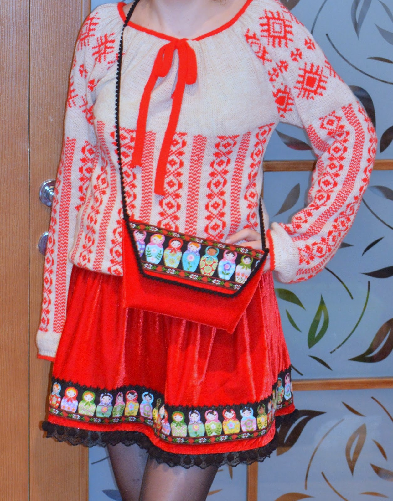 """""""Make It Yours"""" sewing contest, clutch, matryoshka doll, pom poms tape, red velvet, ribbons applique, so sew easy, ie romaneasca traditionala"""
