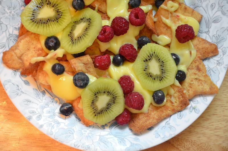 Fruit Nachos {Kid Friendly Recipe}